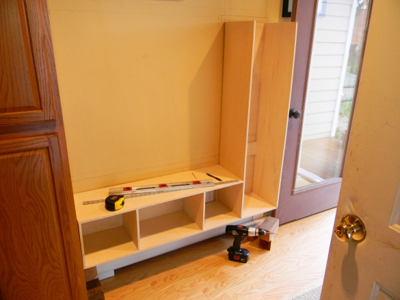 Shoe and Coat Rack Bench Plans