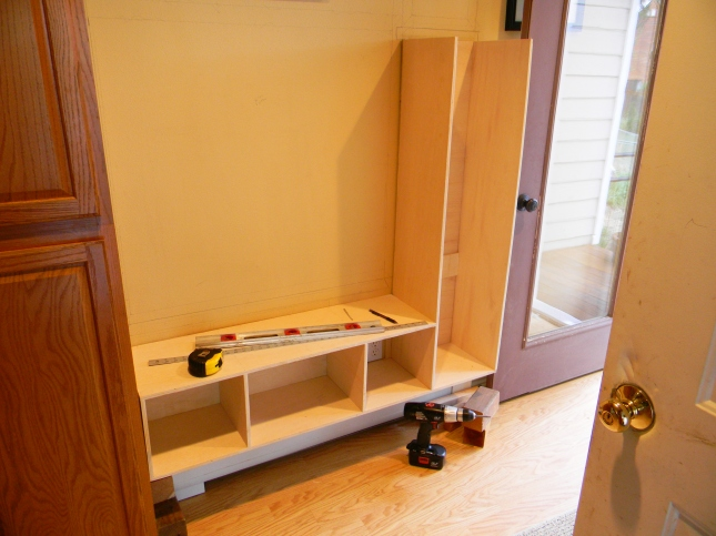 Build Foyer Bench : Build entryway bench coat rack plans diy pdf wood